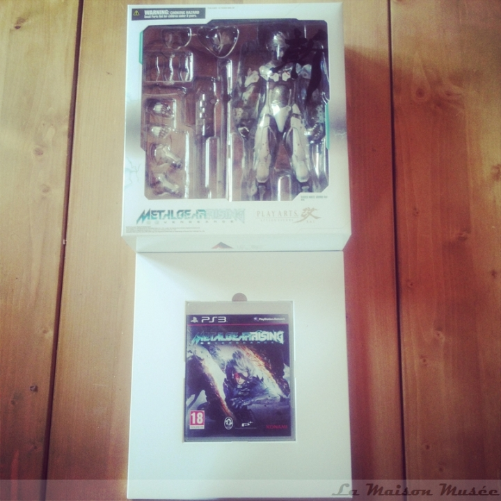 Jeu PS3 Figurine Play-Arts Metal Gear Rising Revengence Limited Edition