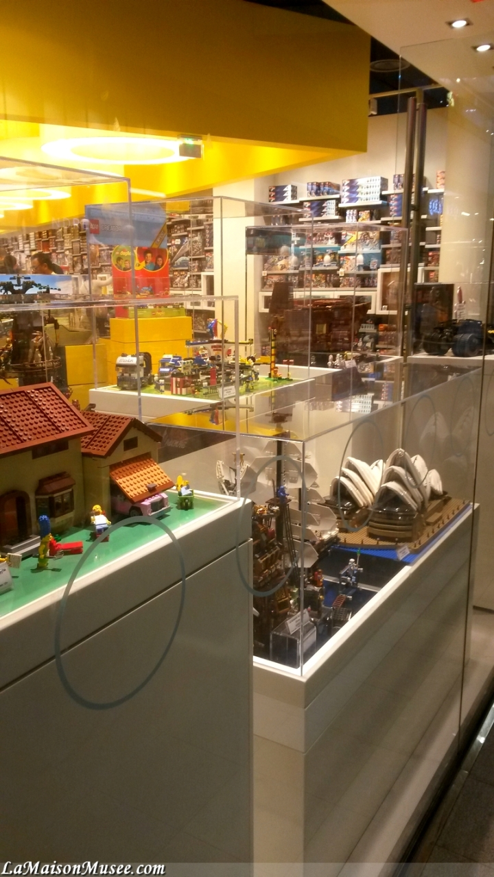 Vitrine LEGO Magasin France