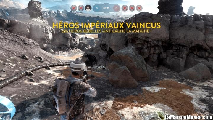 Y compris au cours des batailles, la boue et autres détails apparaissent avec cohérence. STAR Wars Battlefront a peu de à se reprocher sur le plan visuel. (Exemple d'une Bataille des héros.)
